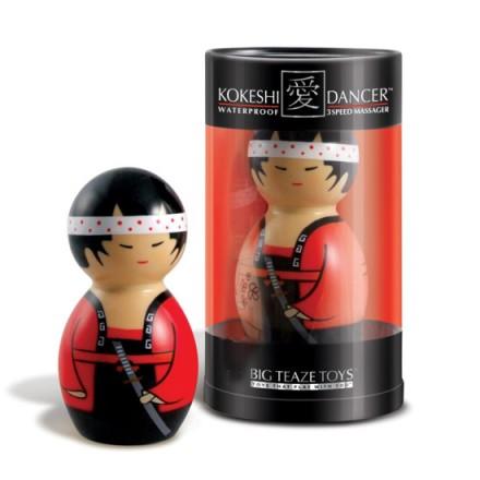 kokeshi muñeco estimulador con vibrador
